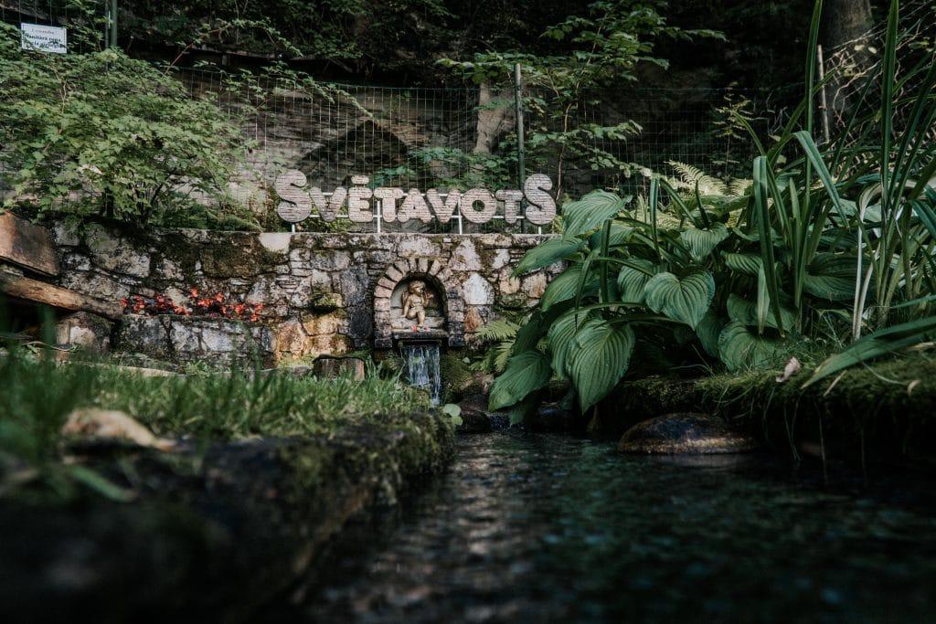 Svētavota dabas parks - avota ūdens